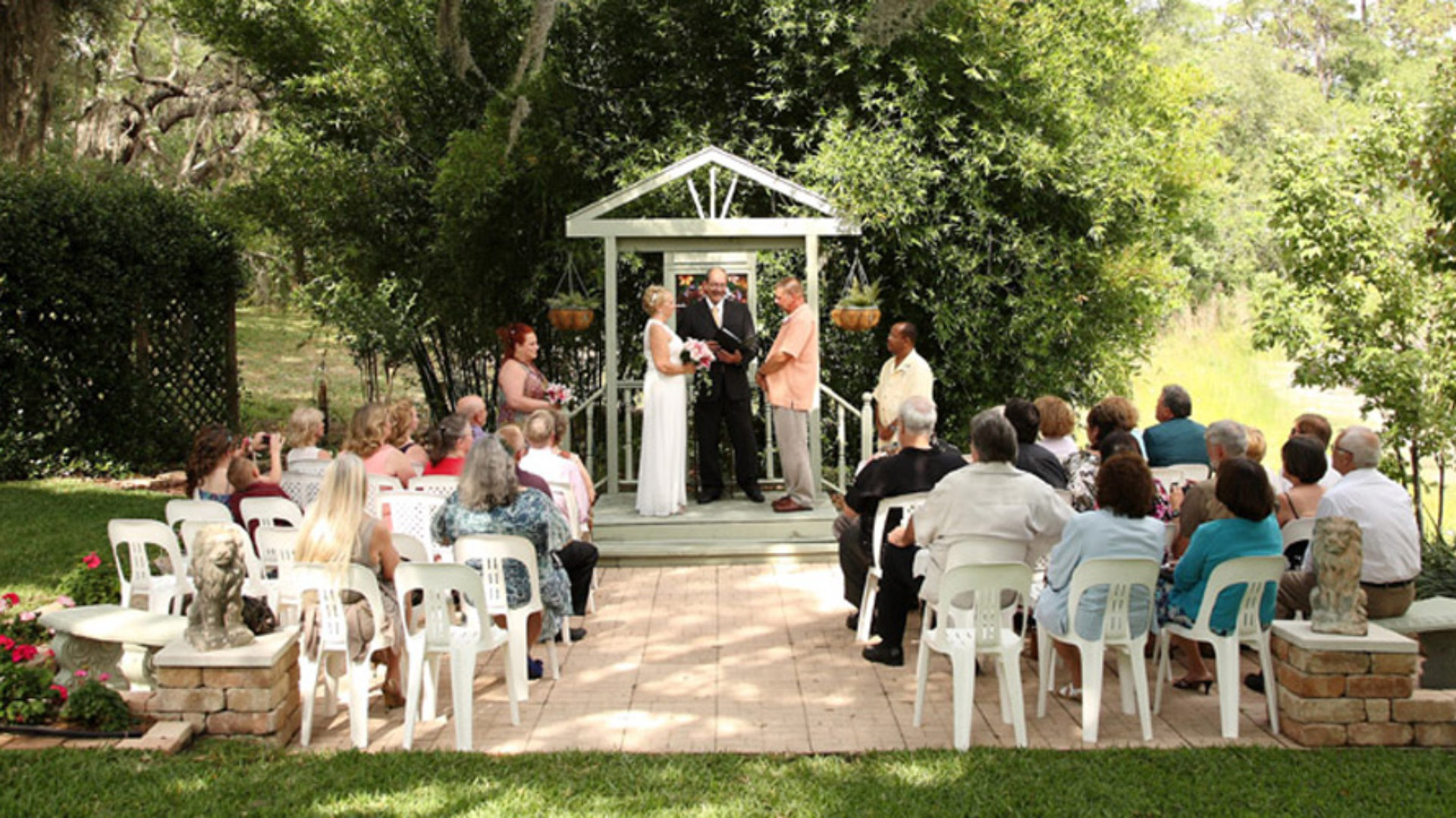 Orlando Minister – Wedding Officiant